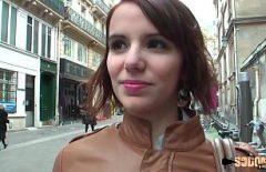 Andreea Ha Penetrato Il Catrame Nella Sua Figa Da Uno Spagnolo Dotato Di Un Cazzo Peloso