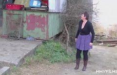 Sesso In Un Caseificio Con Due Dipendenti Per Sentirsi Scopati