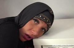 Scopa Con Due Musulmani Quando Fanno Sesso Per La Prima Volta