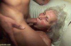 La Donna Più Anziana Si Arrapa Nel Cazzo Di Suo Nipote