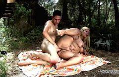 La Più Bella E Dura Scopata Con La Donna Nuda Penetrata Forte