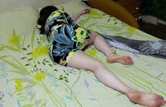 Lui Le Scopa La Figa Mentre Lei Dorme