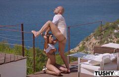 Sesso In Italia In Terrazza Con Una Puttana E Il Suo Amante Della Figa