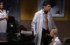 Un Dottore Incula Due Brave Infermiere